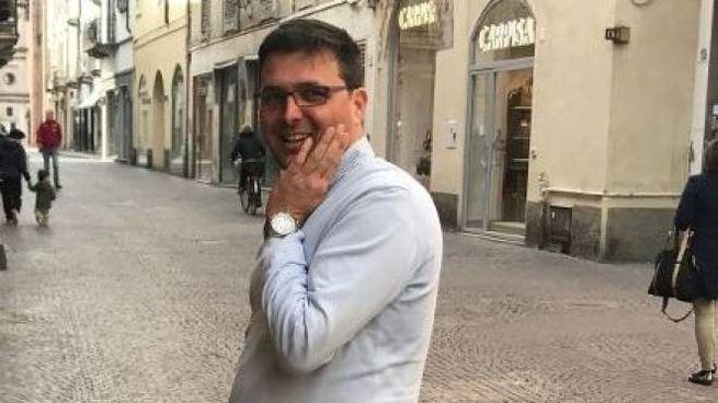 L'assessore al commercio Matteo Gramignoli ostenta tranquillità sulla svolta