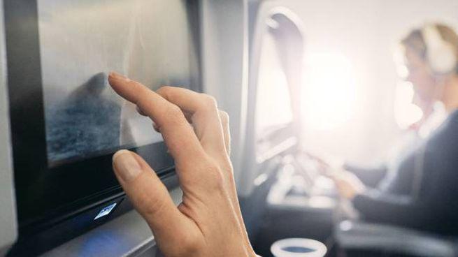 """Delta Air Lines introdurrà il """"binge button"""" sugli schermi dei suoi aerei"""