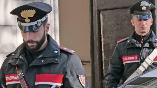 I carabinieri hanno raccolto la denuncia delle due studentesse