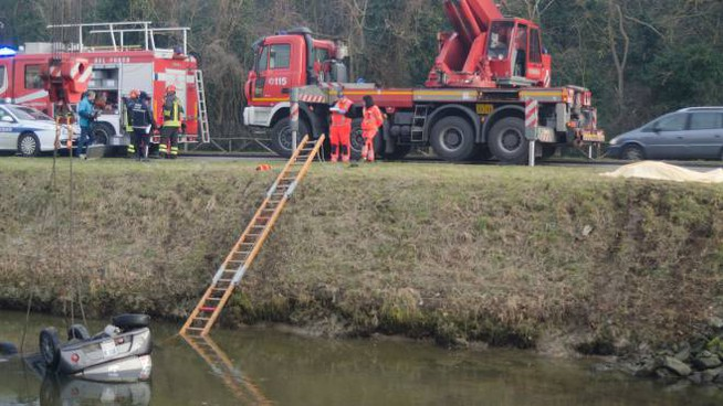 Milano Marittima accident, ends up in the canal with the minicar and dies at 17