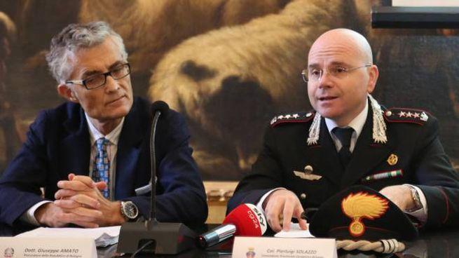 Il procuratore capo Giuseppe Amato e il comandante dei carabinieri Pierluigi Solazzo