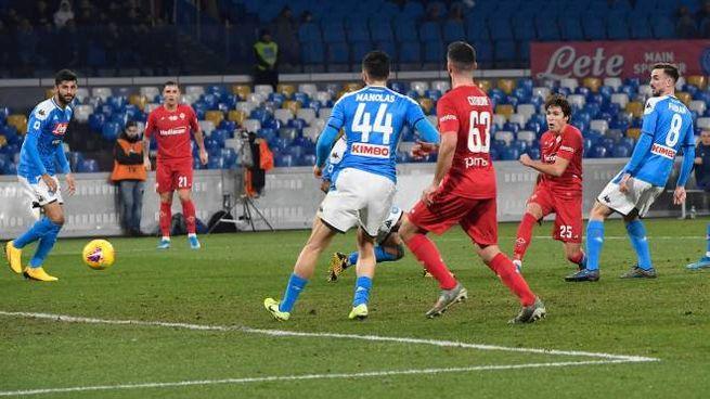 Napoli-Fiorentina, il gol di Chiesa (Ansa)