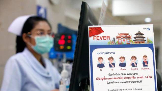 Coronavirus, precauzioni all'ospedale di Bangkok (Ansa)