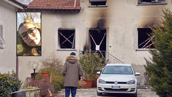 La casa distrutta. Nel riquadro la giovane vittima (Foto Borghesi)