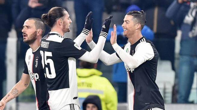 Cristiano Ronaldo in gol contro la Roma (Ansa)
