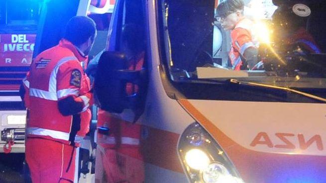 Oltre all'ambulanza anche i pompieri su luogo dell'incidente (foto archivio)