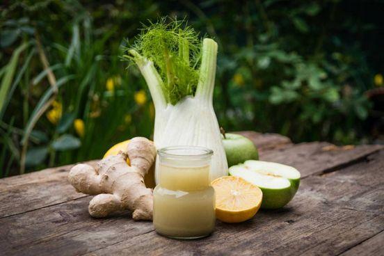 Zenzero, finocchio e succo di limone