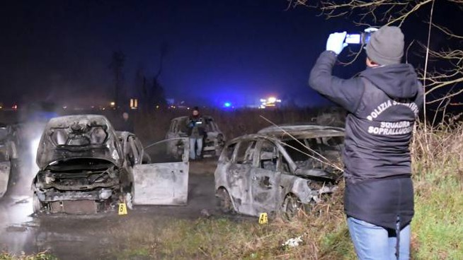 Cars burned on the A1 in an attempted assault on the valuables carrier
