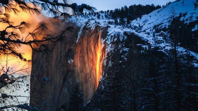 La firefall, la cascata di fuoco dello Yosemite