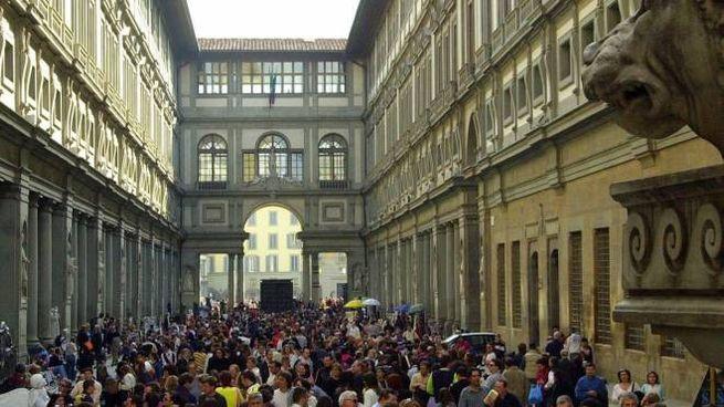 Folla agli Uffizi
