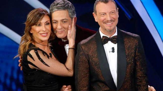 Sabrina Salerno, Fiorello e Amadeus (Ansa)