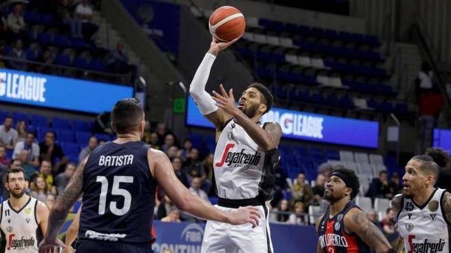 Basket, Virtus Bologna contro San Lorenzo (foto Ansa)