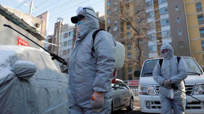 Coronavirus: pugno di ferro in Cina (Ansa)