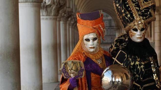 Carnevale di Venezia (Ansa)