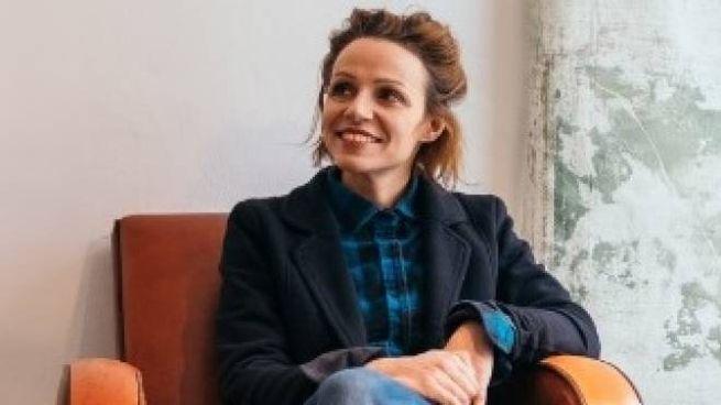 La 38enne Elena nel suo negozio: è stato citato dalla guida 'Lonely Planet'
