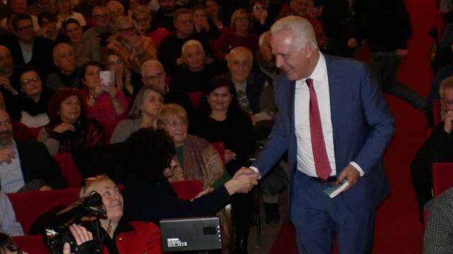Eugenio Giani al Politeama Pratese (foto Attalmi)
