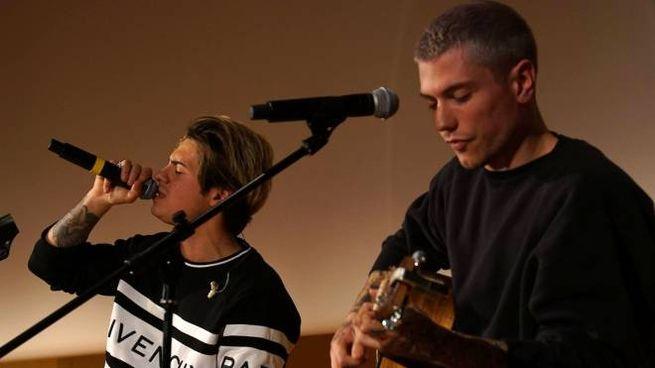 Il duo Benji e Fede durante un'esibizione (Foto StudioSally)