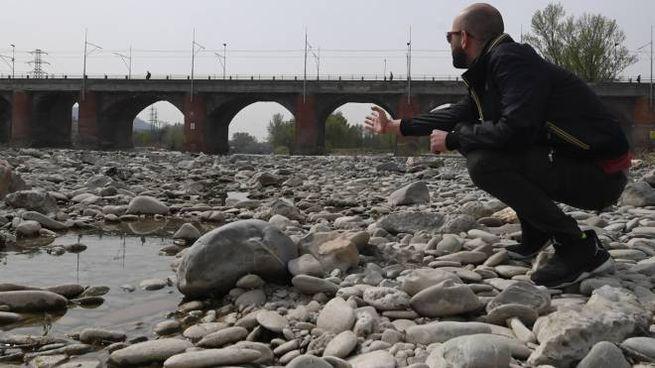 Sempre più fiumi con pochissima acqua /Fotoschicchi)