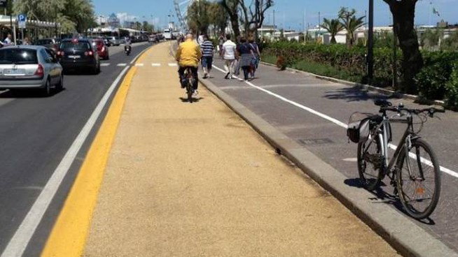 Una pista ciclabile