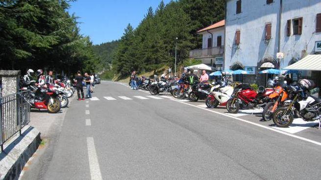 Motociclisti sul passo del Muraglione