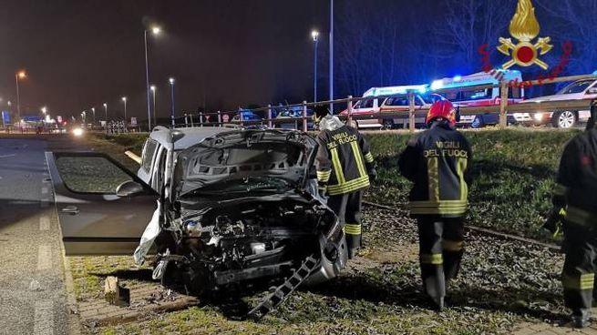 L'auto incidentata in via Lunga a Bergamo