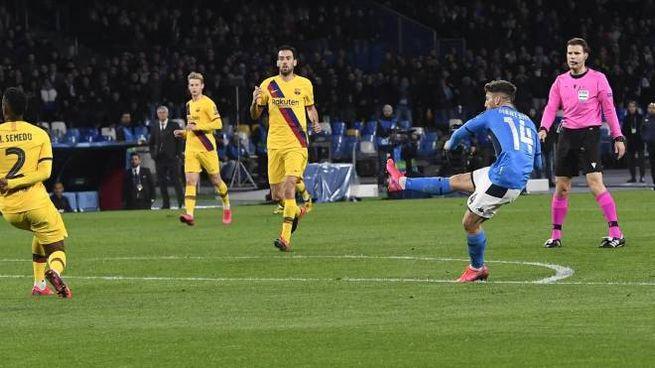 Napoli-Barcellona 1-1, il gol di Mertens (Ansa)