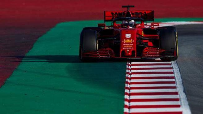 Sebastian Vettel in prova al Montmelo di Barcellona