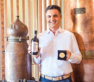 """Casoni Fabbricazione Liquori: """"Alla Casoni distilliamo storia e futuro"""" / VIDEO"""