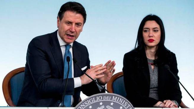 Scuole chiuse in tutta Italia, ora è ufficiale. Le date dello stop ...