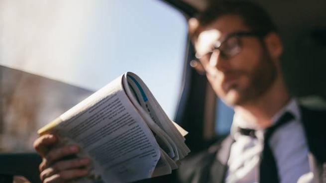 Quotidiani, lettori (foto iStock)