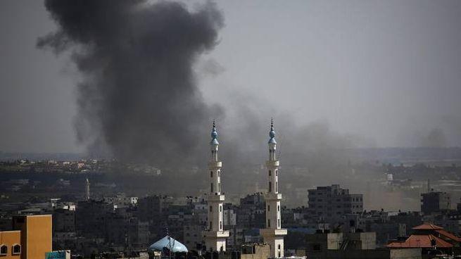 Bombardamenti su Gaza (Ansa)