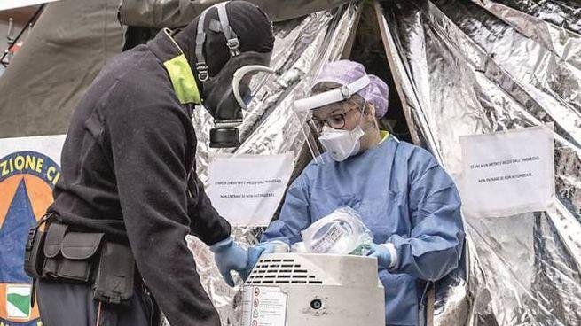 Emergenza coronavirus, una bombola per l'ossigeno