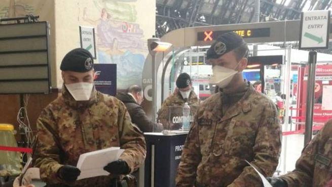 Controlli in stazione Centrale