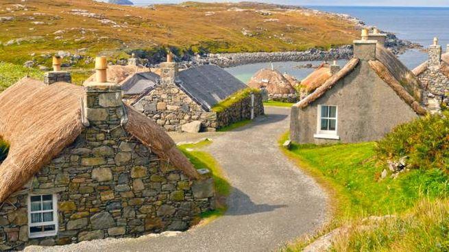 Gli scozzesi in fuga dal virus si rifugiano nelle zone remote del paese