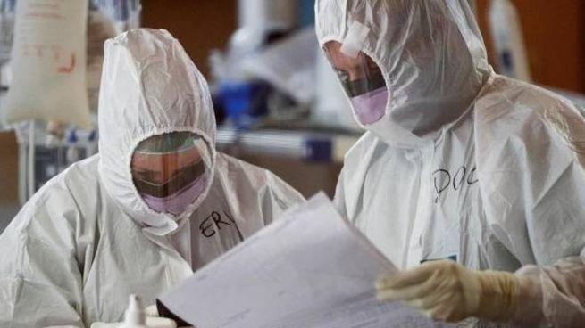 Coronavirus, medici in prima linea