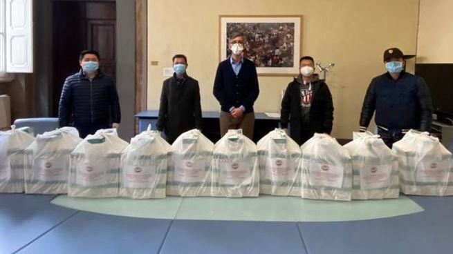 Le mascherine consegnate alla Provincia
