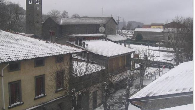 Neve a Montepiano (da webcam valbisenziometeo.it)