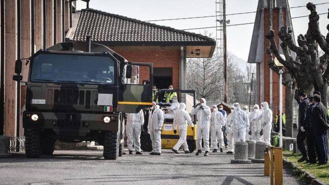Coronavirus a Bergamo, il trasferimento delle bare (Ansa)