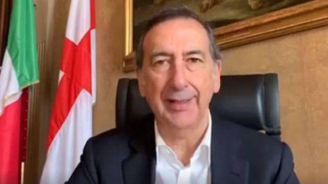 Il sindaco di Milano Giuseppe Sala (Frame video Facebook)