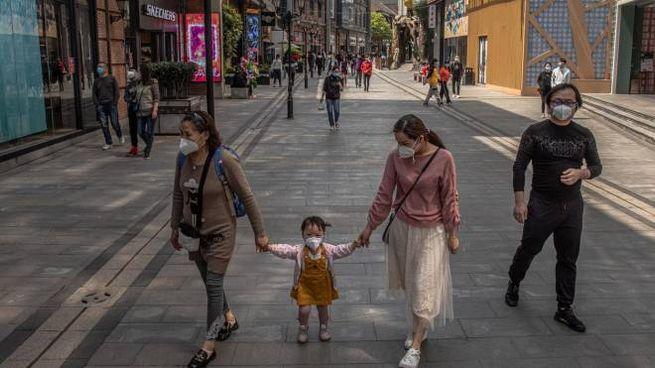 Wuhan termina il lockdown (Ansa)