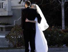 Matrimoni vietati, 17 coppie rinviano il loro sì