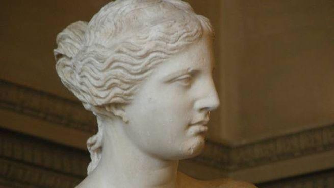 La Venere di Milo è attribuita ad Alessandro di Antiochia (130 a. C.)