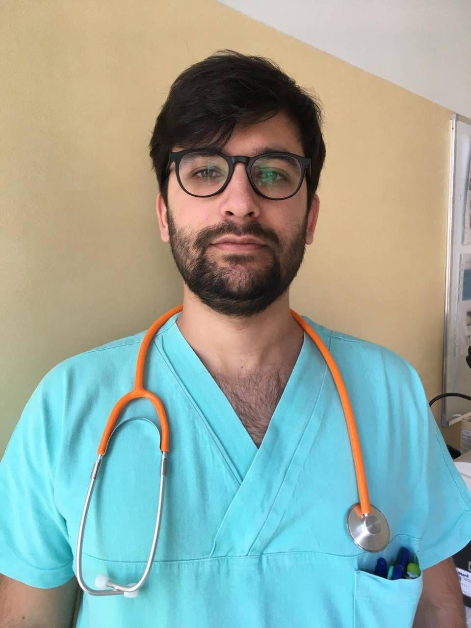 Hamilton Dollaku, albanese di 27 anni, fa l'infermiere al Don Gnocchi
