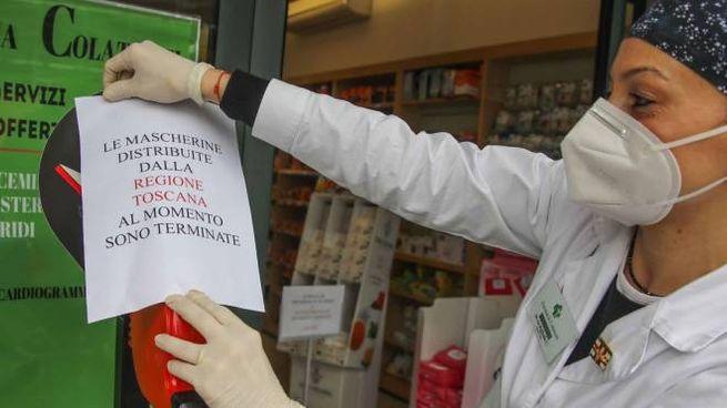 Le mascherine fornite dalla Regione nelle farmacie