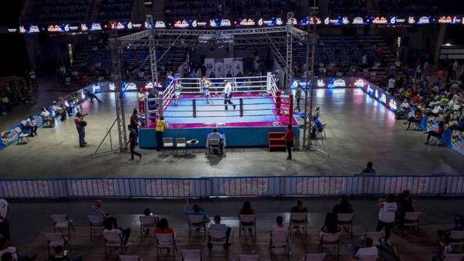 In Nicaragua incontri di boxe nonostante la pandemia (Ansa)