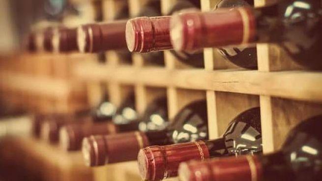 come riporre il vino in cantina