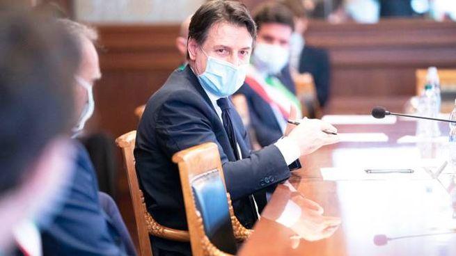Il presidente del Consiglio Giuseppe Conte: tante polemiche sulla Fase 2