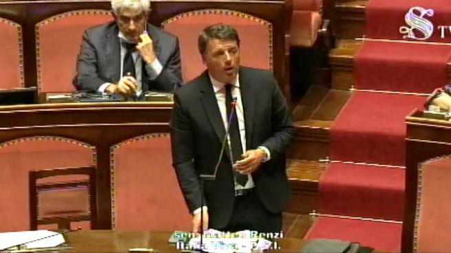 L'intervento di Matteo Renzi in Senato (Ansa)