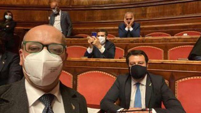 Matteo Salvini e i parlamentari della Lega durante l'occupazione delle Camere (Ansa)