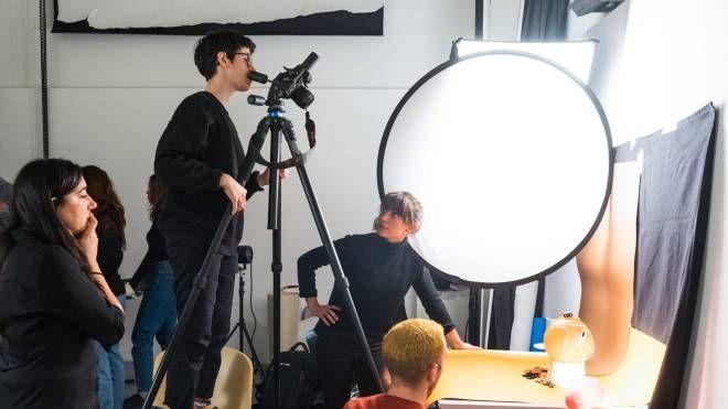 Offerte Lavoro Fotografo Bergamo coronavirus, i fotografi di domani si formano online - cosa